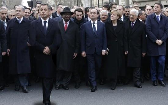 Fransa Sarkozy ile böyle dalga geçti