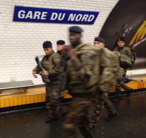 Fransa'da güvenlik önlemleri olağanüstü düzeyde