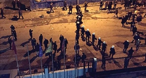 Yeni Akit'teki Atatürk protestosunda silah sesleri