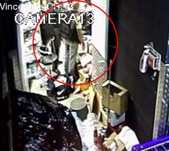 Paris'teki koşer market saldırısının yeni görüntüleri