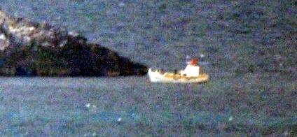 Yunanlı balıkçılar Türk denizaltısını görünce döndü