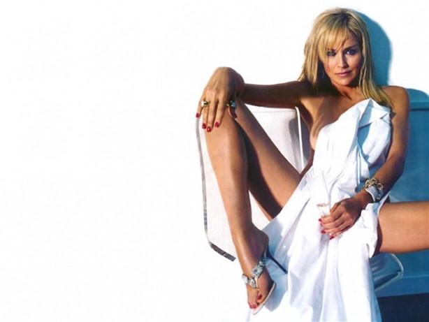 Sharon Stone bakıma girdi!