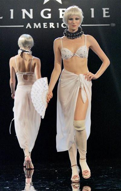 Moulin Rouge iç çamaşırları