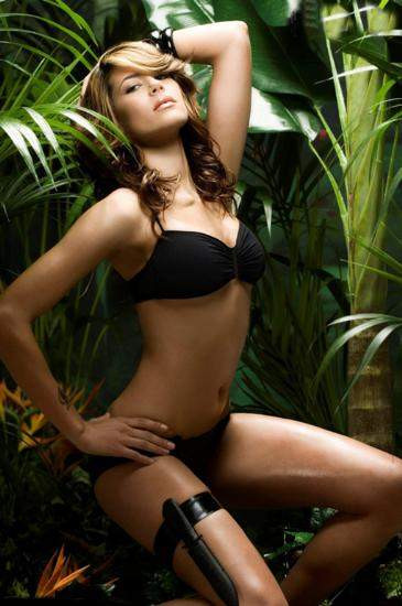Yeni Lara Croft bikini mankeni oldu