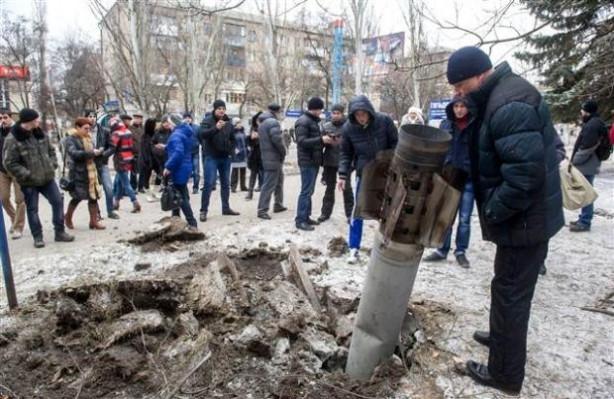 Ukrayna'ya roket yağdı 8 ölü