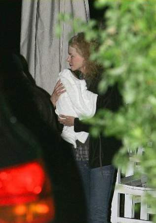 Nicole Kidmanın bebeği ilk kez görüntülendi