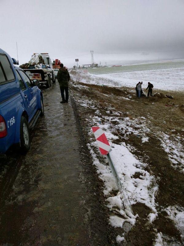 Aksaray'da yolcu otobüsü devrildi!.. 1 ölü, 27 yaralı!