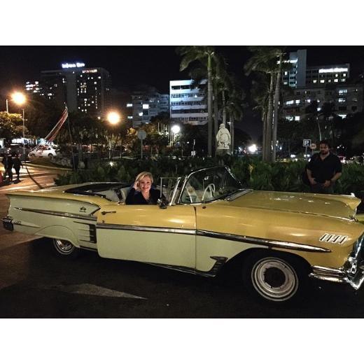 Berna Laçin tatil için Küba'ya gitti