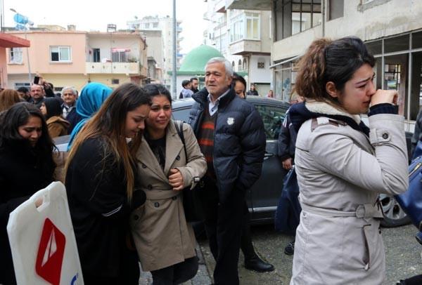 Özgecan'ın üniversiteli arkadaşı taziyede baygınlık geçirdi