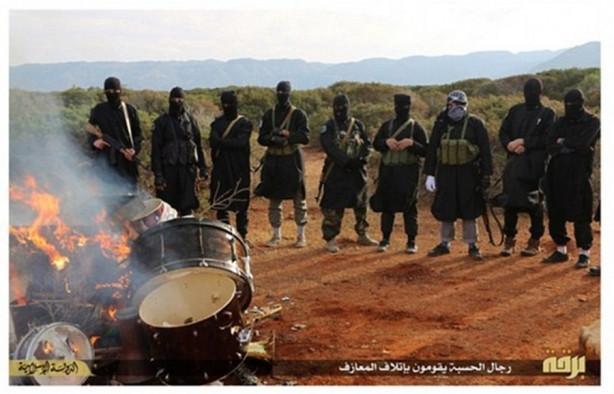 IŞİD şimdi de müziğe savaş açtı