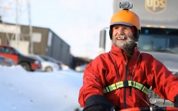 56 yaşında dondurucu soğuğa meydan okuyor