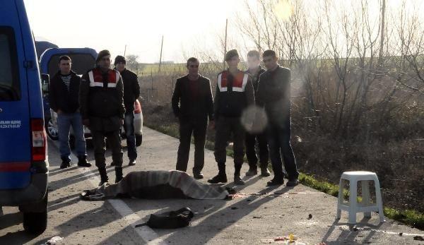 Öğrenci ve işçi servisleri çarpıştı:1 ölü
