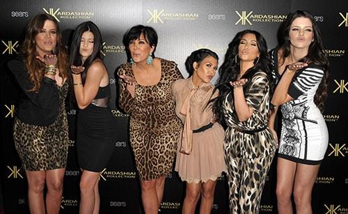 Kim Kardashian ve ailesine 100 milyon dolar