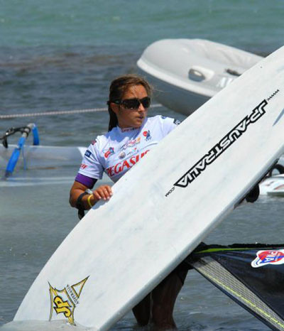 Sörf değil, güzeller dikkat çekti