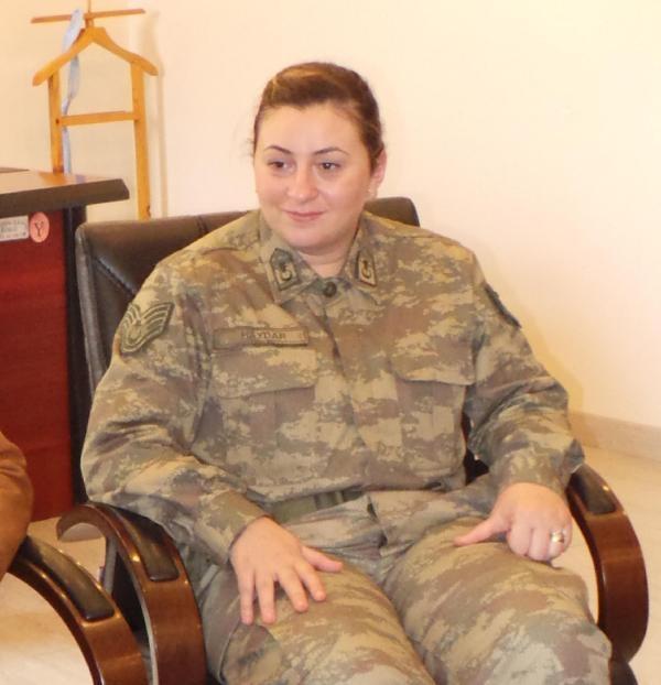 Şenay komutan, kadına şiddetle mücadalede örnek oldu