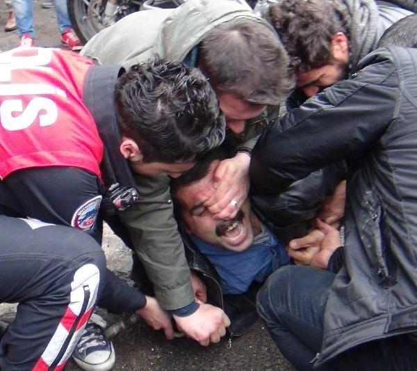 Berkin Elvan eyleminde gerginlik: 11 gözaltı