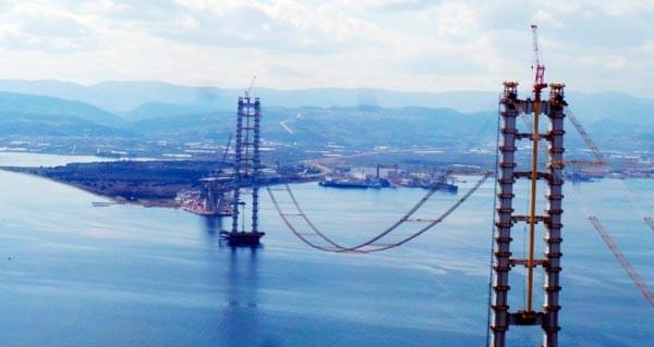 Körfez Köprüsü'nde silüet ortaya çıkmaya başladı