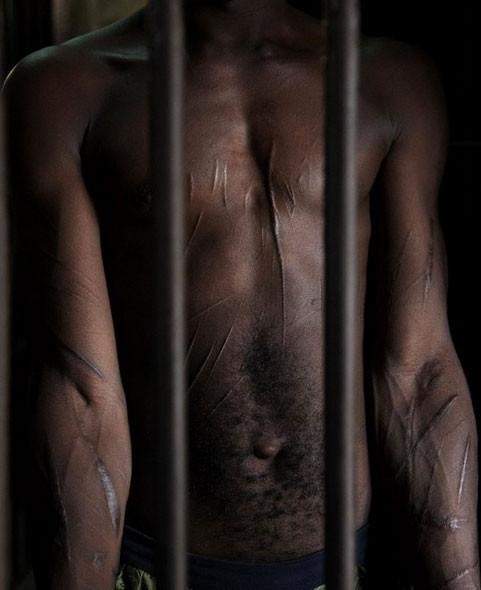 Cehenneme benzetilen cezaevi