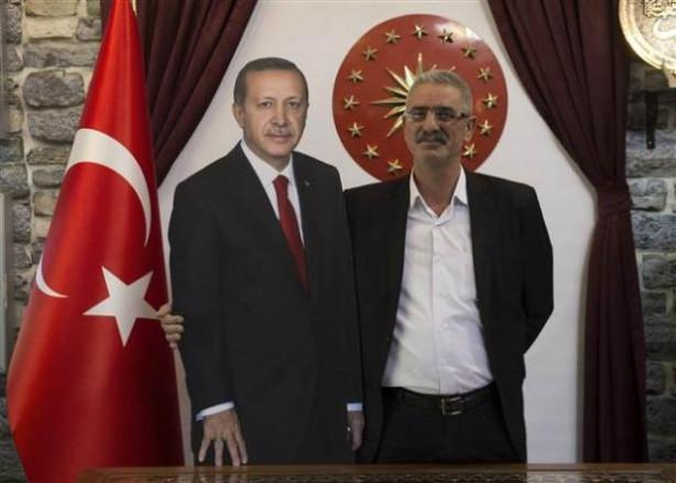 Cumhurbaşkanı Erdoğan'ın maketiyle fotoğraf çektirdiler