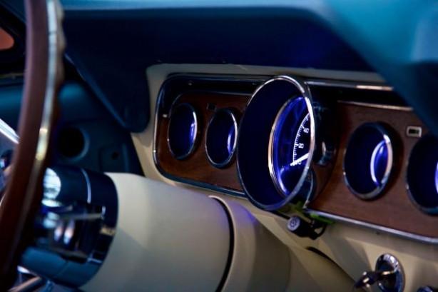 ABD'li şirket 2016 model 1964 Mustang üretti