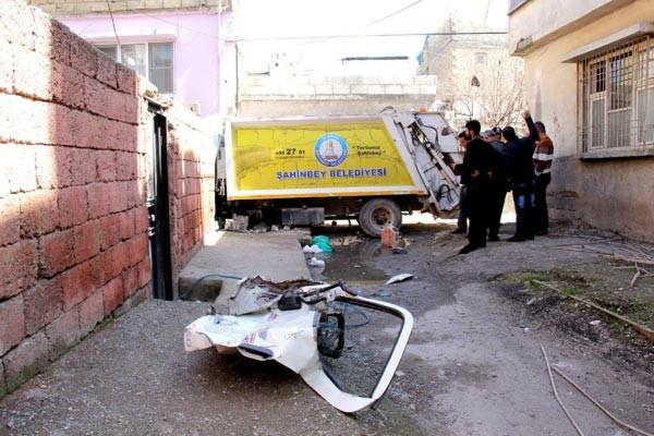 Çöp kamyonu dehşet saçtı!