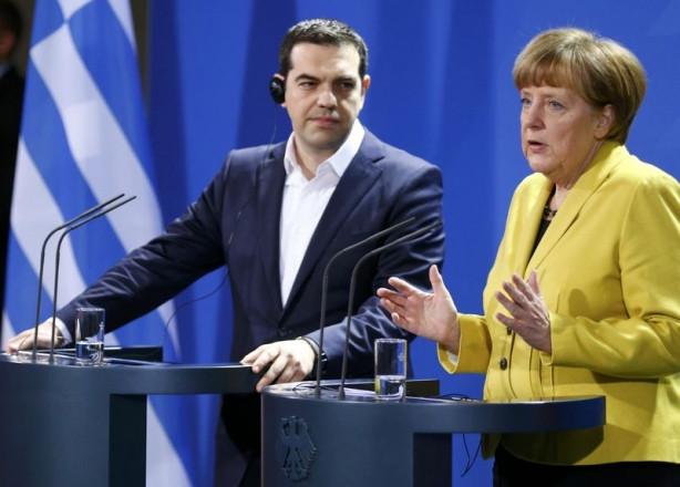 Merkel ve Çipras Berlin'de bir araya geldi