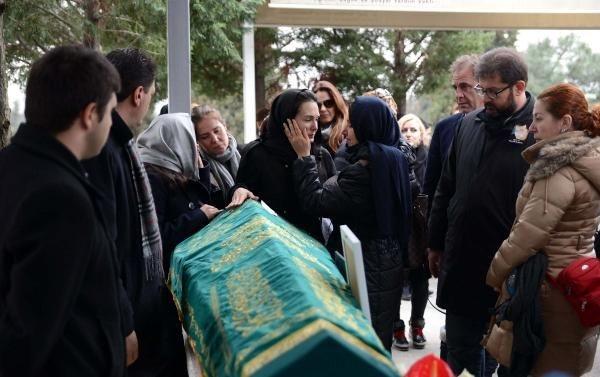 Sertaç Boztepe'nin cenazesine çok sayıda ünlü isim katıldı