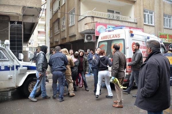 Evinde tüp patlayınca 5'inci kattan atlayan kadın öldü
