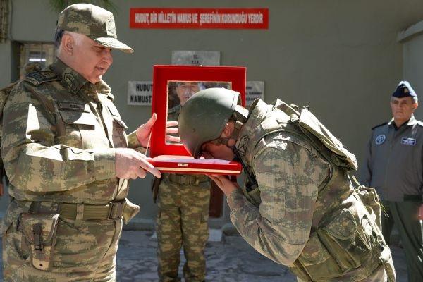 Org. Necdet Özel'den Süleyman Şah'a sürpriz ziyaret