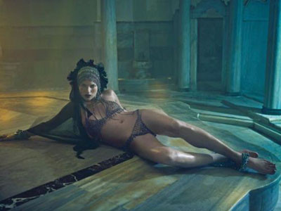 Kate Moss hamamda