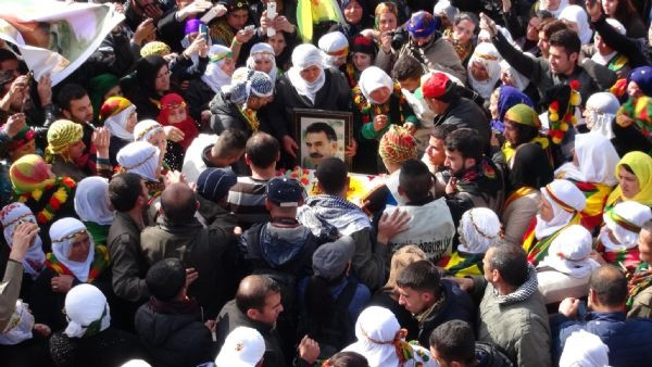 Öcalan'ın doğum gününü kutladılar