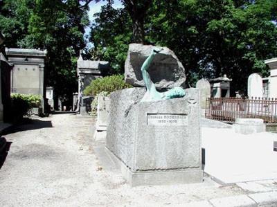 En ilginç mezar taşları
