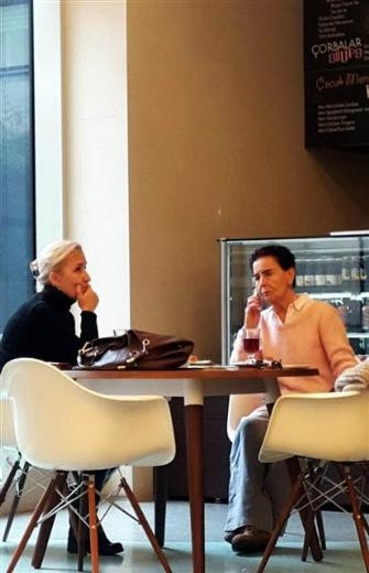Fatma Girik Memduh Ün'den gelecek iyi haberi bekliyor