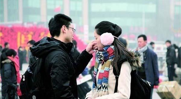 Çinli kızlar aile baskısı yüzünden koca kiralıyorlar
