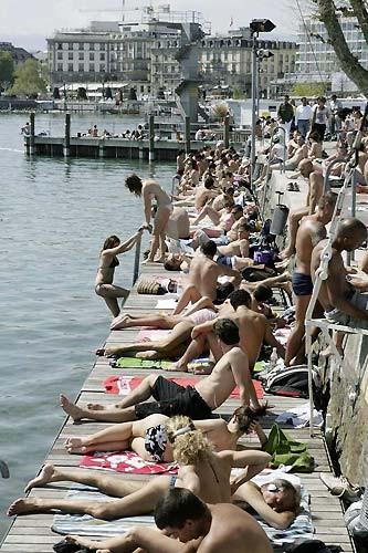 Dünya nisan ayında yaz tatili yapıyor !
