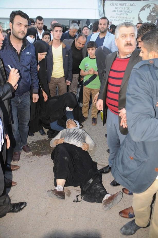 Polis akrebi yayaya çarpınca Cizre gerildi