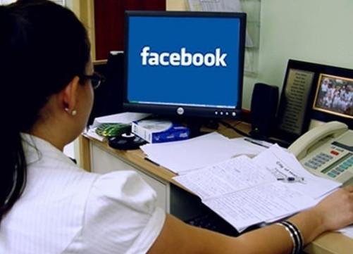 Sosyal medya kullanırken işinizden olmayın!