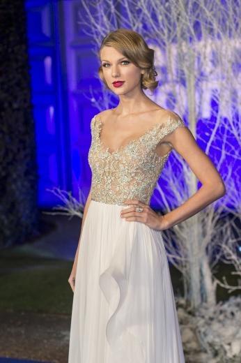 Taylor Swift'in karışık aşk hayatı