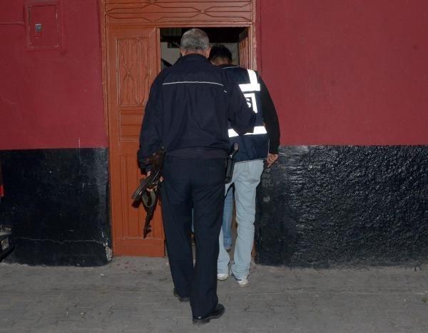 Adana'da büyük operasyon! 25 kişi gözaltında!