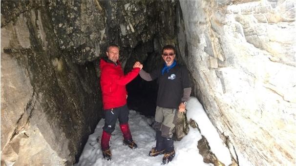 Uludağ'da çığ gizli mağarayı ortaya çıkardı
