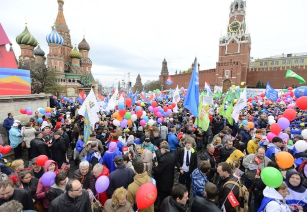 Rusya'da coşkulu 1 Mayıs kutlamaları