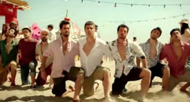 Özcan Deniz ve Sıla'lı reklam ti'ye alındı