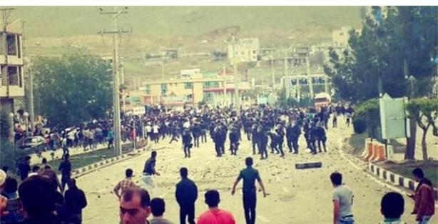 İran Mahabad'da Farinaz isyanı