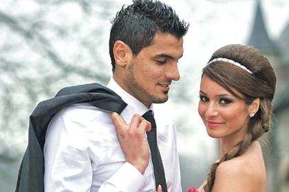 Ayshe ünlü futbolcunun eski eşi çıktı!