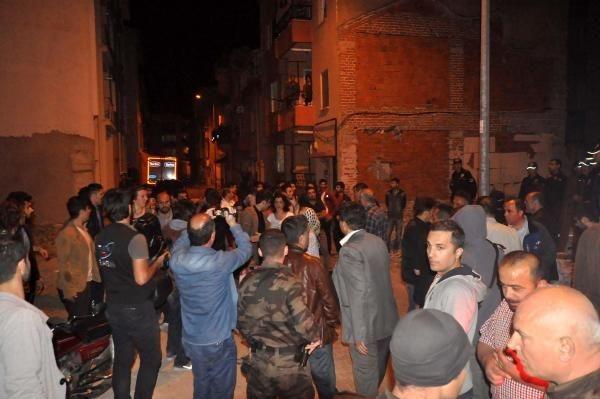 Karşıt görüşlü 2 grup arasında kavga: 3 yaralı, 9 gözaltı