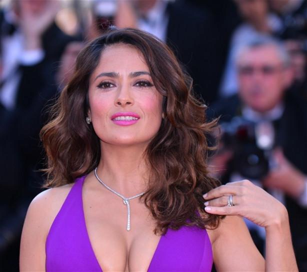 Salma Hayek: 'Kadınların kazandığı tek film türü porno'