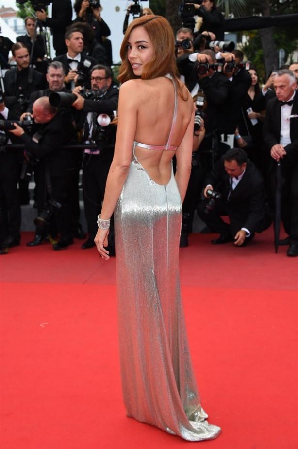 Azra Akın Cannes'ta