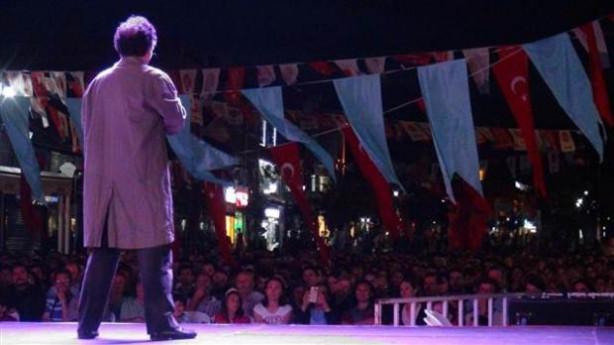 Edirne'de 'mecburen' sokak tiyatrosu