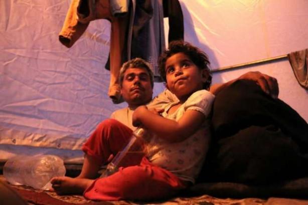 Suriyelilerin çadırlardaki zorlu hayatı