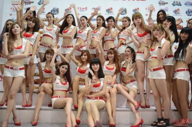 Çin'de hosteslere yasak geldi
